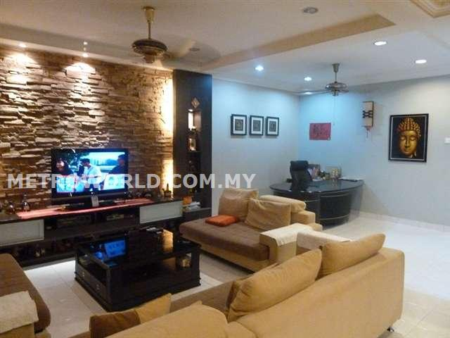 BUKIT TINGGI 2,BUTTERFLY PARK, 2 STRY SUPERLINK HOUSE,FULLY RENOVATED. RM 680,000
