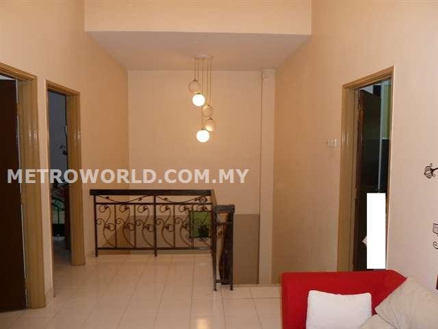 BUKIT TINGGI 2,BUTTERFLY PARK, 2 STRY SUPERLINK HOUSE,FULLY RENOVATED. RM 690,000