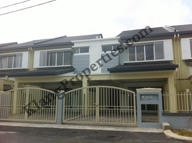 PARKLANDS, 2 STRY END LOT, TYPE FREESIA. RM600,000