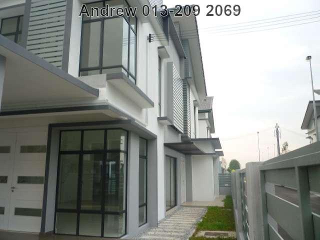 "BANDAR BUKIT RAJA,2 STY LINK HOUSE""LEVENA"",RM620,000"
