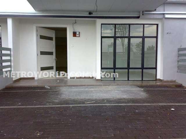 BUKIT RAJA,2 STY LINK HOUSE,RM560,000