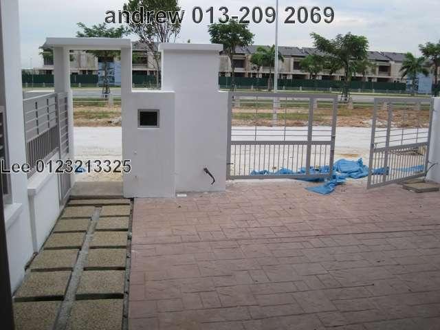 """BANDAR BUKIT RAJA,2 STY LINK HOUSE""""PALOMA"""",RM650,000"""