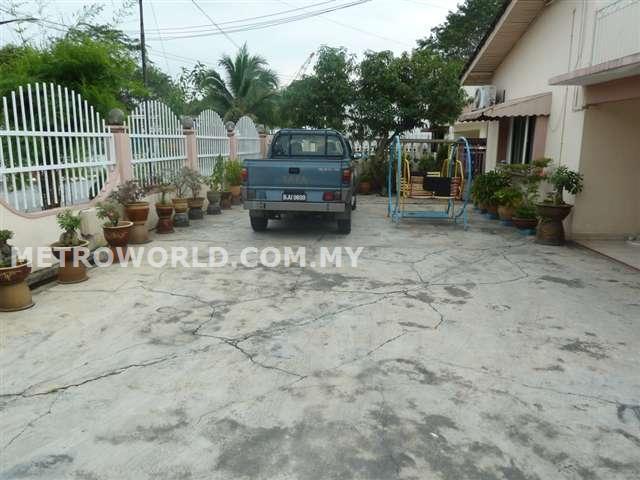 KLANG TOWN,2 STY BUNGALOW HOUSE,RM999,000