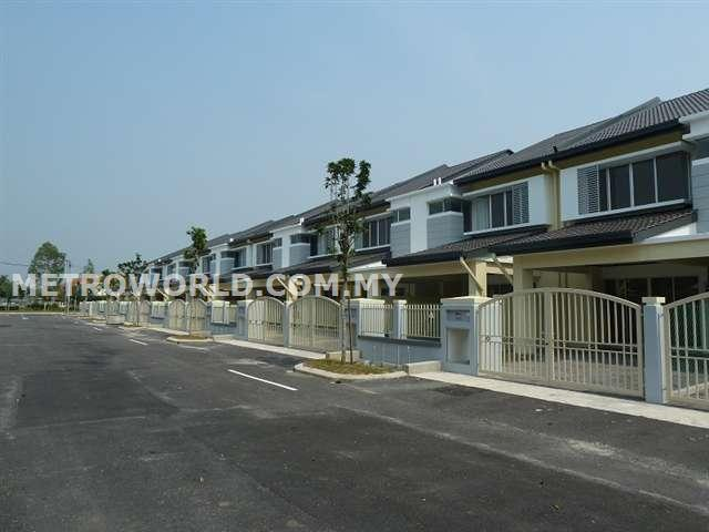 "BANDAR PARKLANDS,BRAND NEW 2 STY TERRACE ""FREESIA"",.RM480,000"