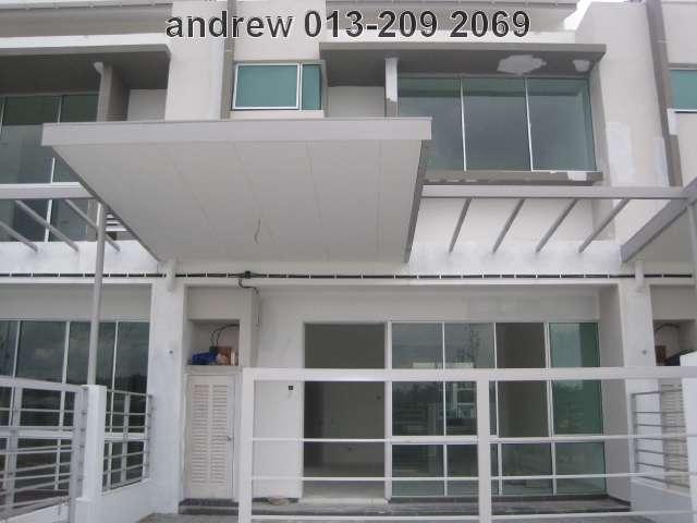 "BANDAR BUKIT RAJA,2-STY LINK HOUSE""PETUNIA"",RM433,000"